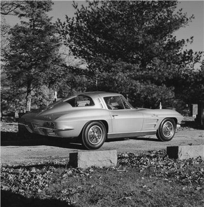 Corvette Stingray Split Window on Chevrolet Corvette Sting Ray Split Window Coupe  1963