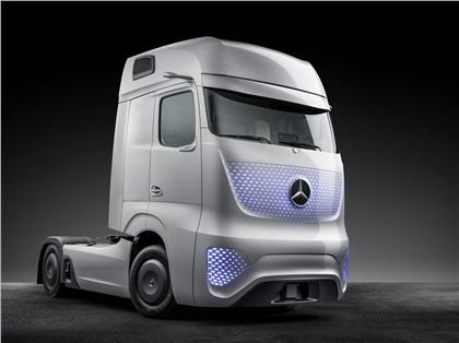 2014 Mercedes-Benz Future Truck 2025