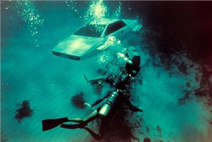 007 Lotus Esprit 'Submarine Car': Шпион, который не тонет