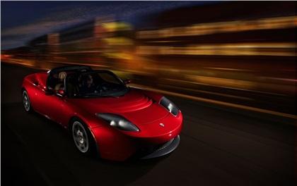 Tesla Roadster: Спорткар на электрической тяге