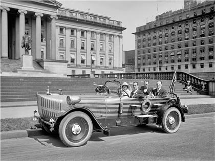 Budweiser Land Cruiser (1924): Budmobile