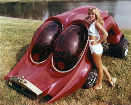 The RoAcH CoAcH (1978): Custom Show Car by Ed Newton