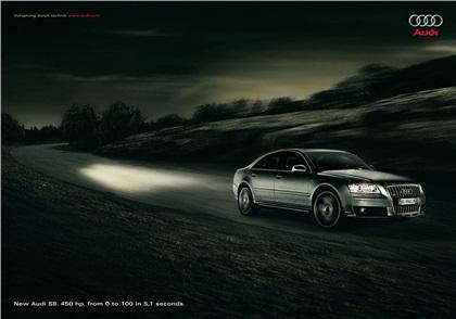 2006 Audi S8 - Light