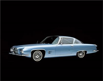 Dual-Ghia L 6.4 Coupe, 1962 - Photo: Ron Kimball