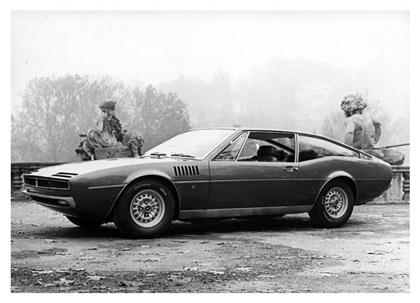 1968 Maserati Simun (Ghia) - Studios