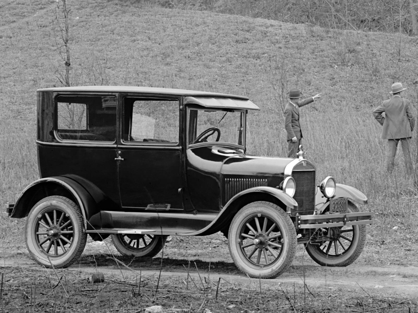 Ford model t tudor sedan 1926