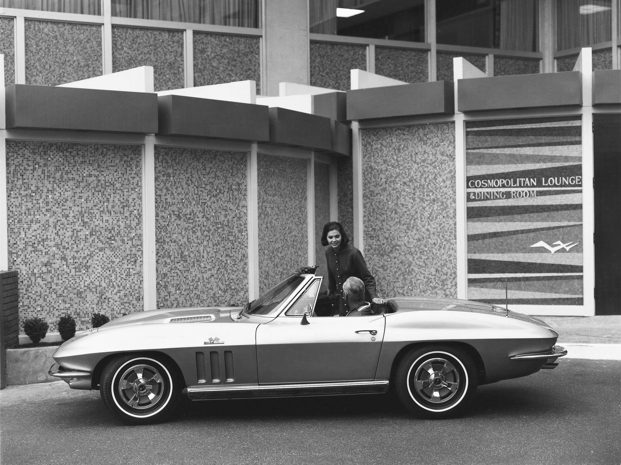 Chevrolet Corvette Sting Ray,