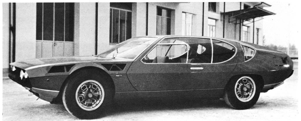 http://www.carstyling.ru/resources/classic/Bertone_Lamborghini_Espada_First_Prototype.jpg