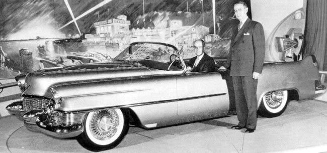 1953_Cadillac_Le_Mans_Concept_01.jpg
