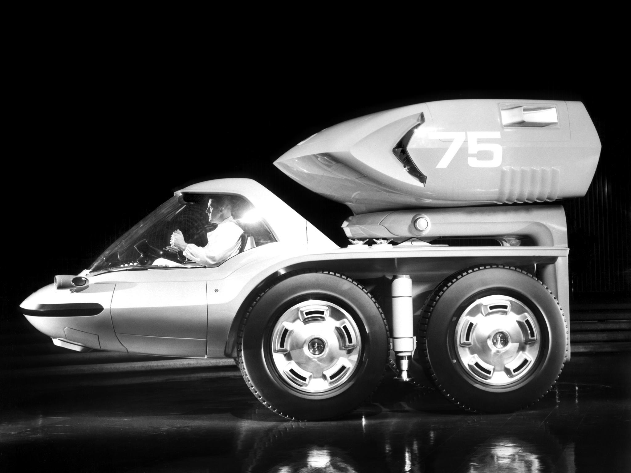 1964_GM_Bison_Concept_Turbine_Truck_02.j