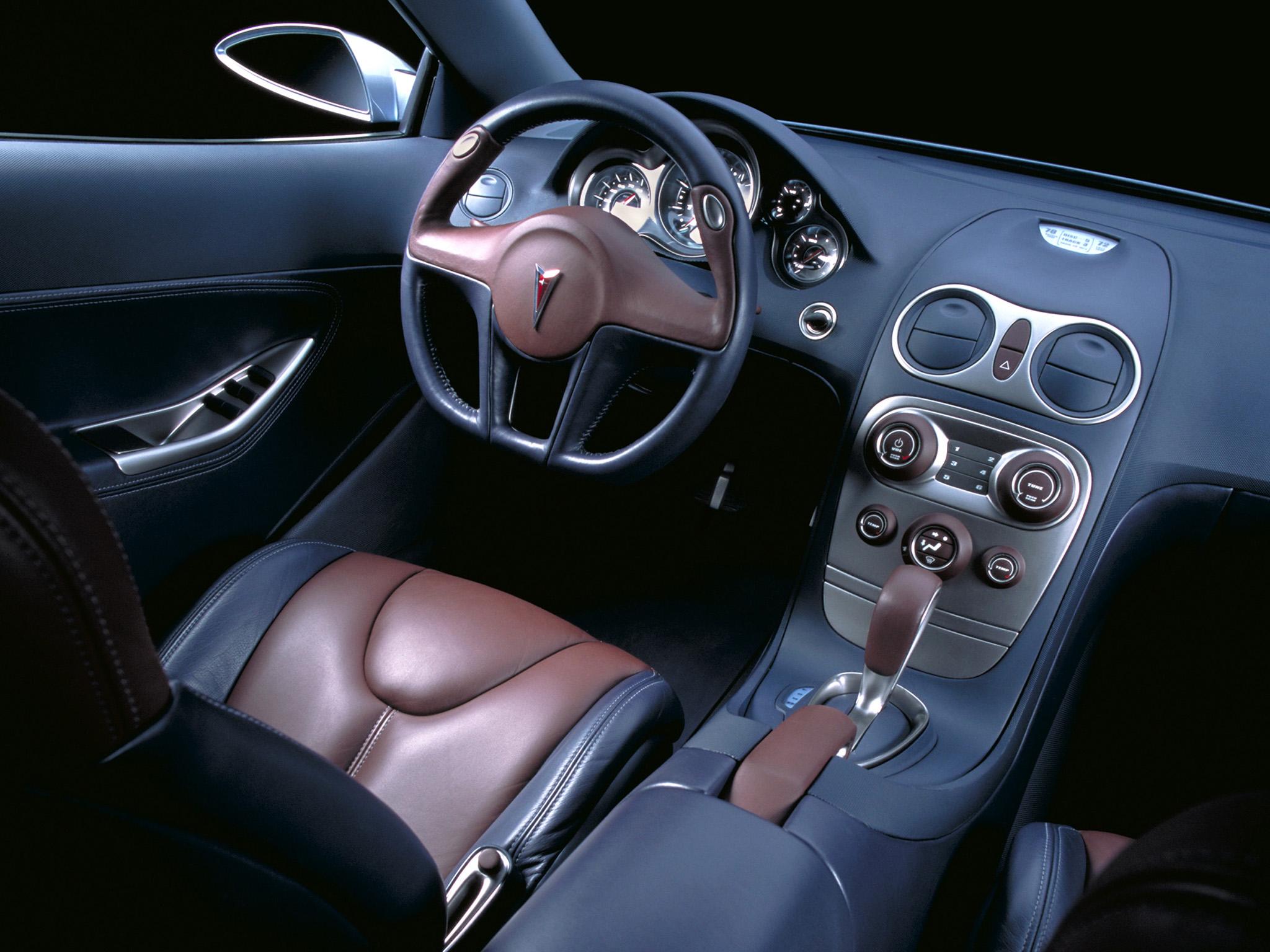 Pontiac G6, 2003   Interior