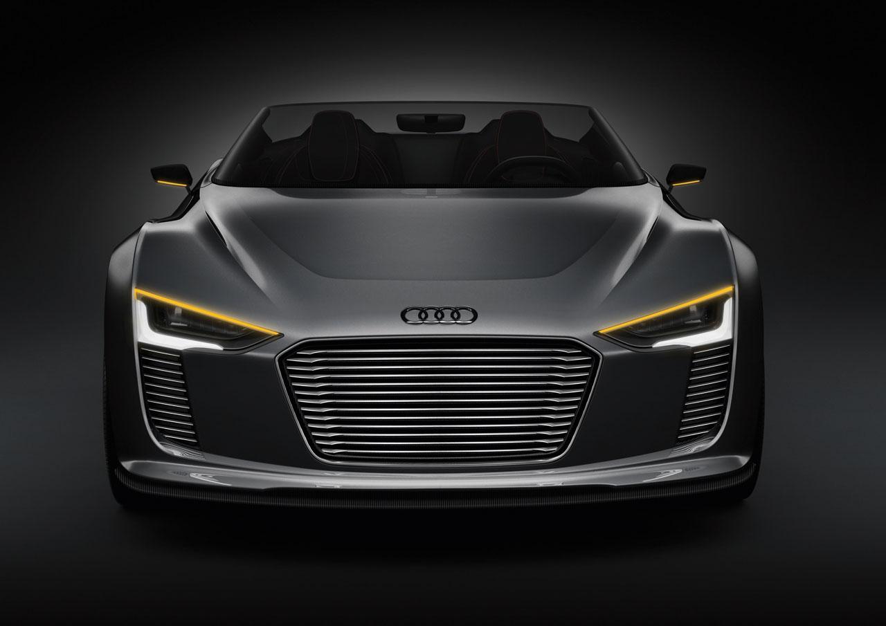 2010_Audi_e_tron_Spyder_Concept_06.jpg