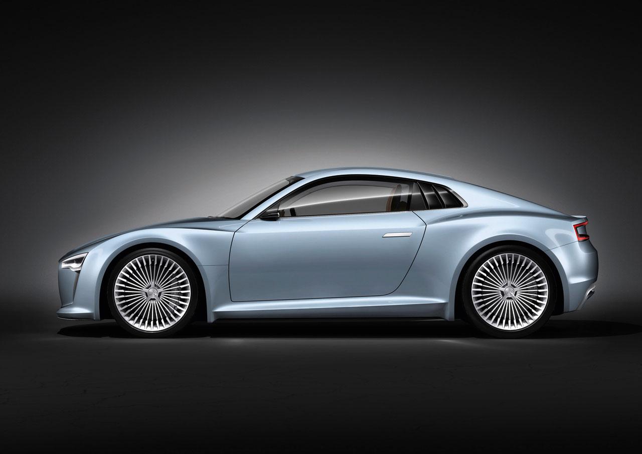 2010_Audi_e-tron_Detroit_Concept_08.jpg