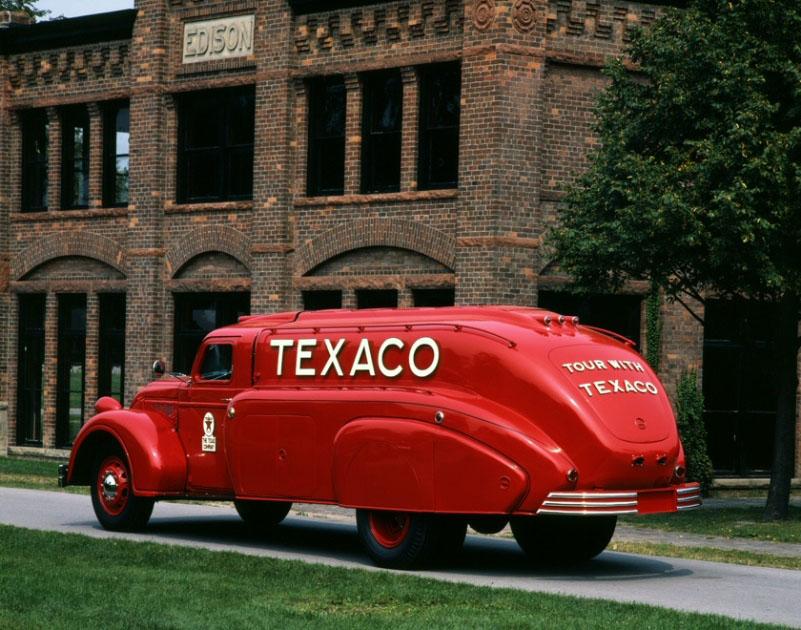 Dodge Airflow Tanker Truck (1938): Аэротанкер - Blog