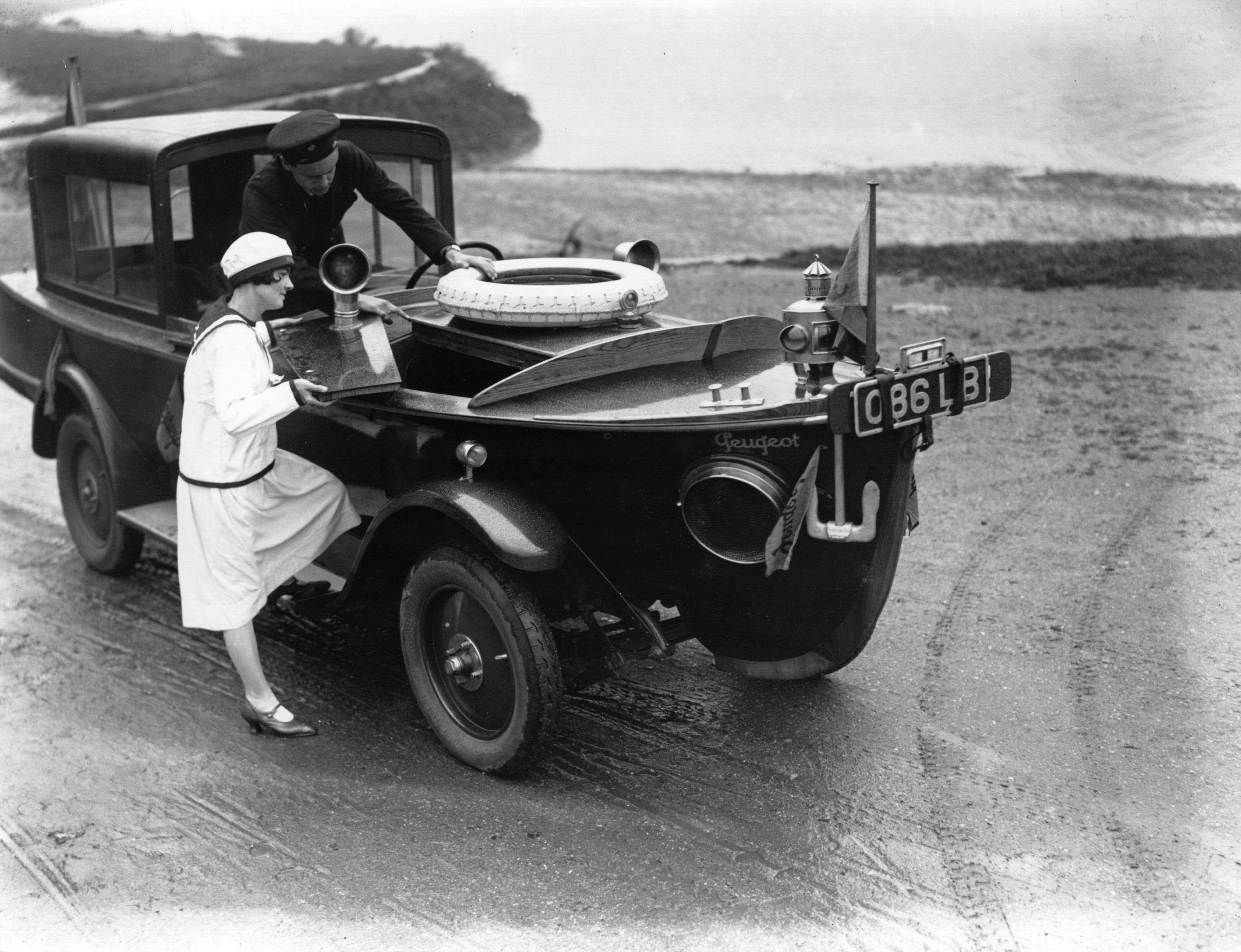 peugeot motor boat car 1926 blog. Black Bedroom Furniture Sets. Home Design Ideas