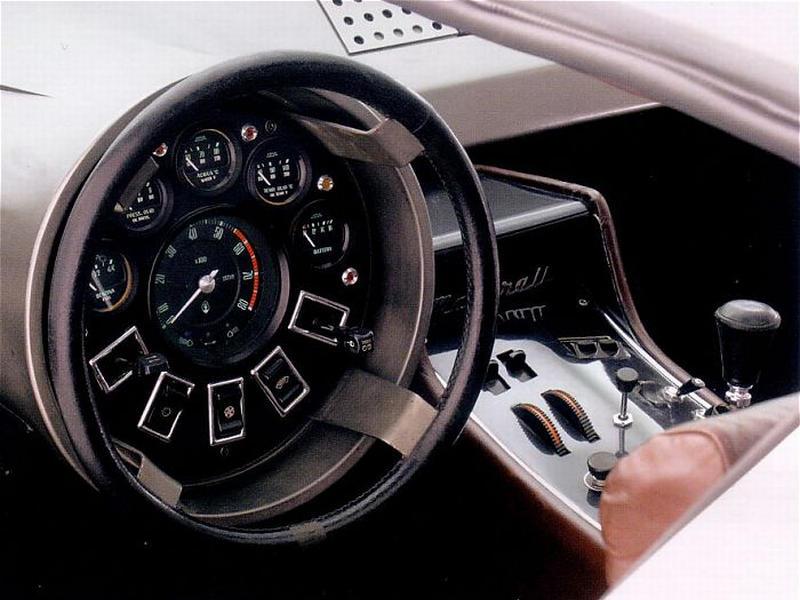 Giugaro's fantastical 1971-72 Maserati Boomerang.