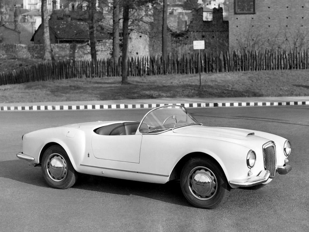 http://www.carstyling.ru/resources/studios/1954-55_Pininfarina_Lancia_Aurelia_B24_Spider_01.jpg