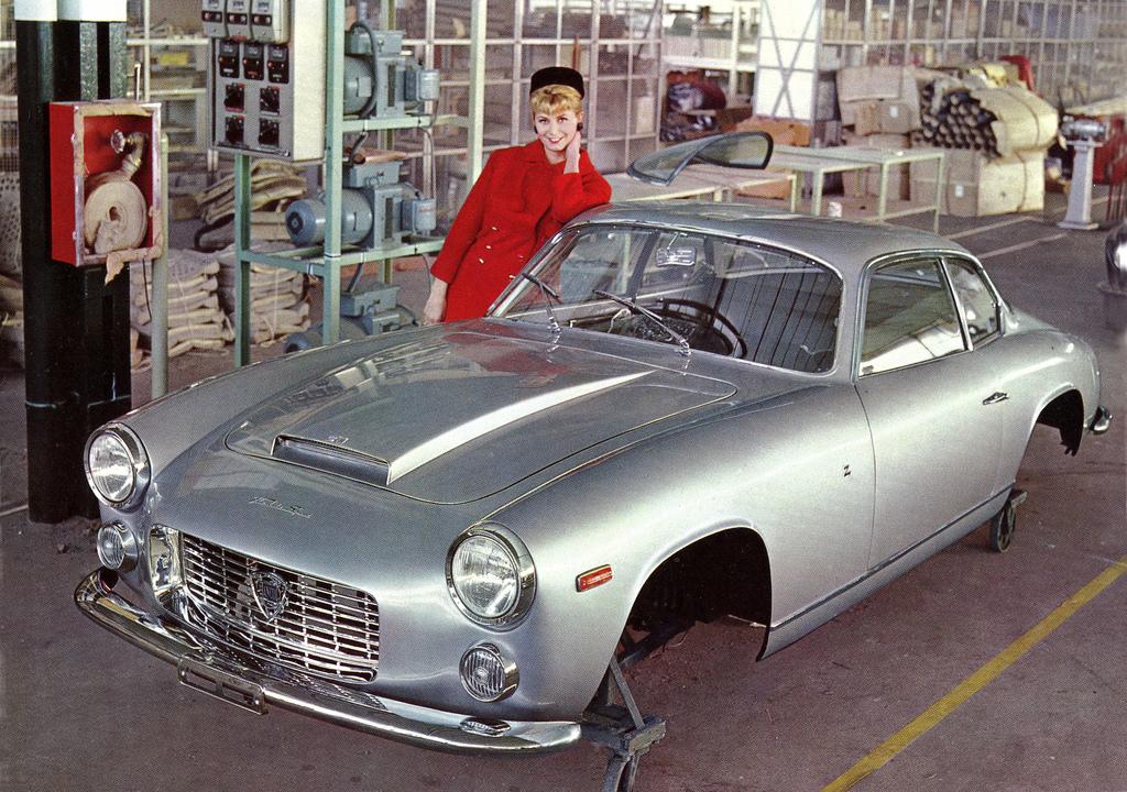 http://www.carstyling.ru/resources/studios/1962-64_Zagato_Lancia_Flaminia_Sport_3C_02.jpg