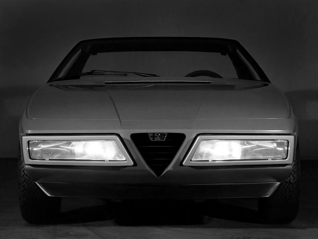 1975 Alfa Romeo Eagle (Pininfarina) - Studios